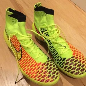 Nike Magista AG